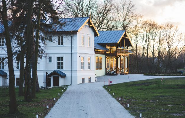 architecture-bungalow-countryside-6343
